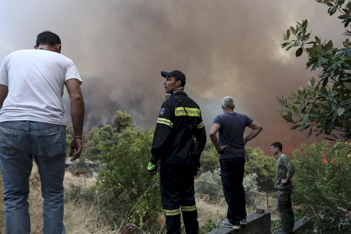 Incendios forestales cerca de Atenas, Grecia Foto: AP