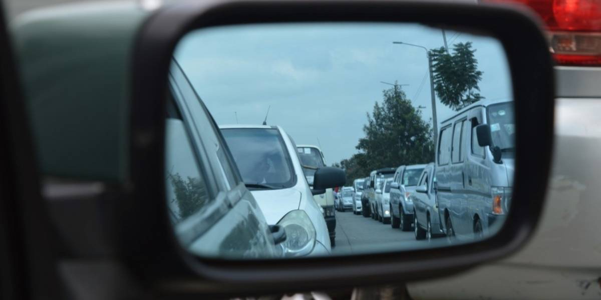 ¿Cuánto realmente se desgasta tu auto al estar en el tráfico?