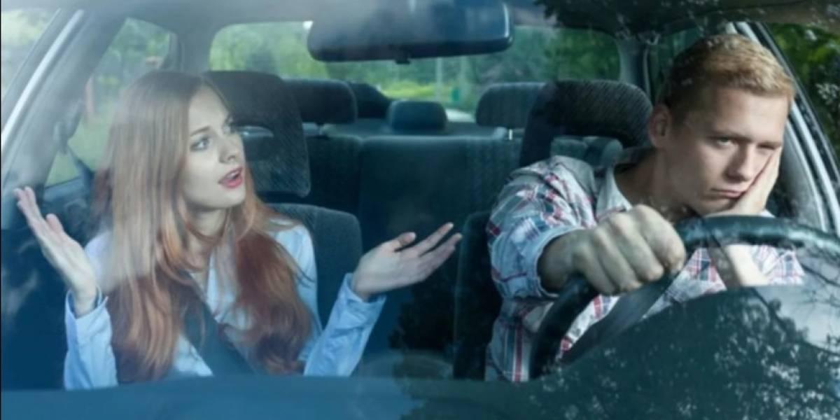¡Cuidado! Ir en el auto con una persona negativa podría dañar tus neuronas