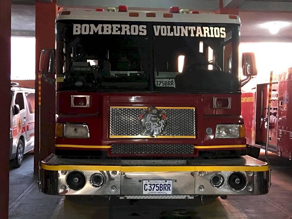 Donan motobomba a los Bomberos Voluntarios. Foto: Jerson Ramos