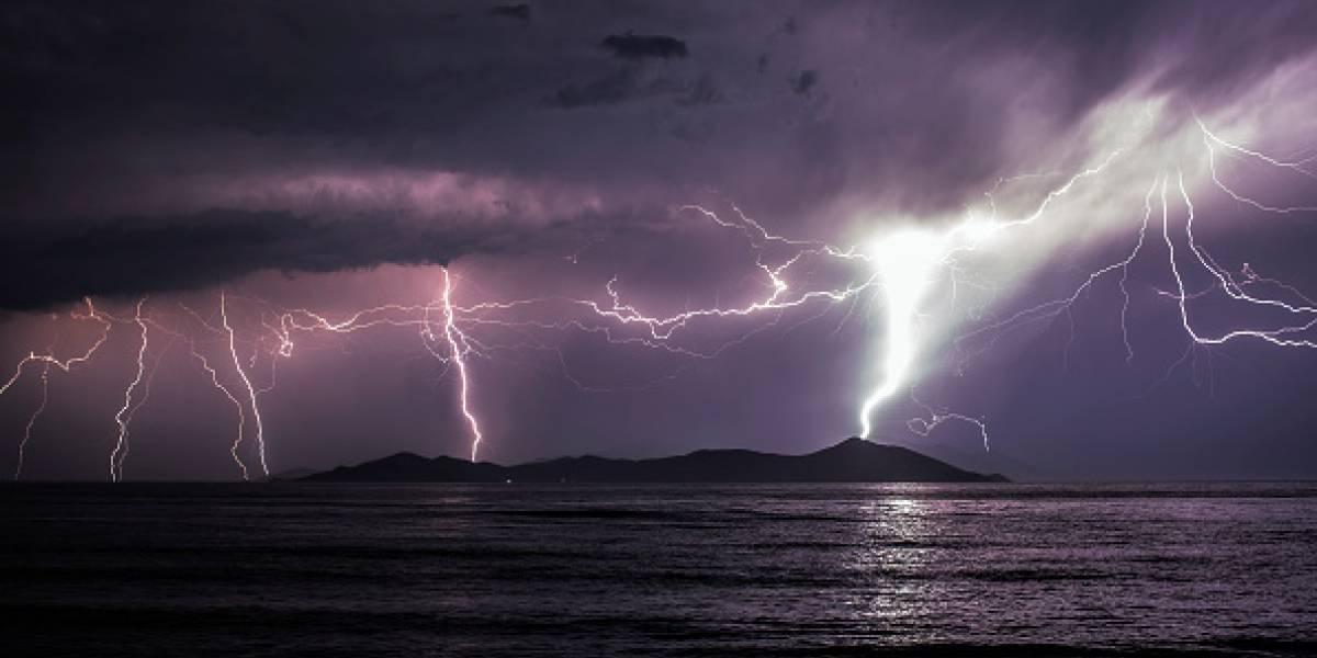 La alerta por el cambio climático es real: satélite capta potente e inusual tormenta eléctrica en el Polo Norte