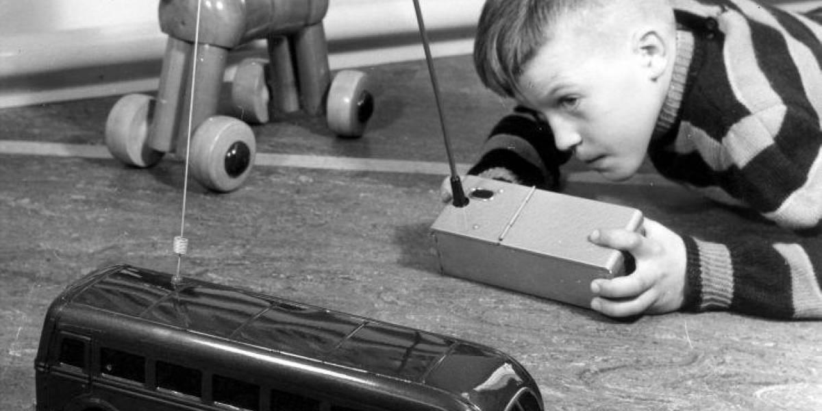 Por qué tu hijo debe ahorrar y comprarse sus propios carritos y juguetes