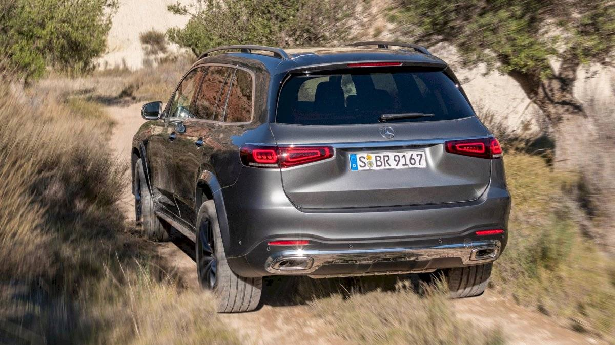 Mercedes-Benz-GLS-2020-12