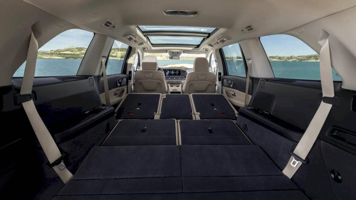 Mercedes-Benz-GLS-2020-13