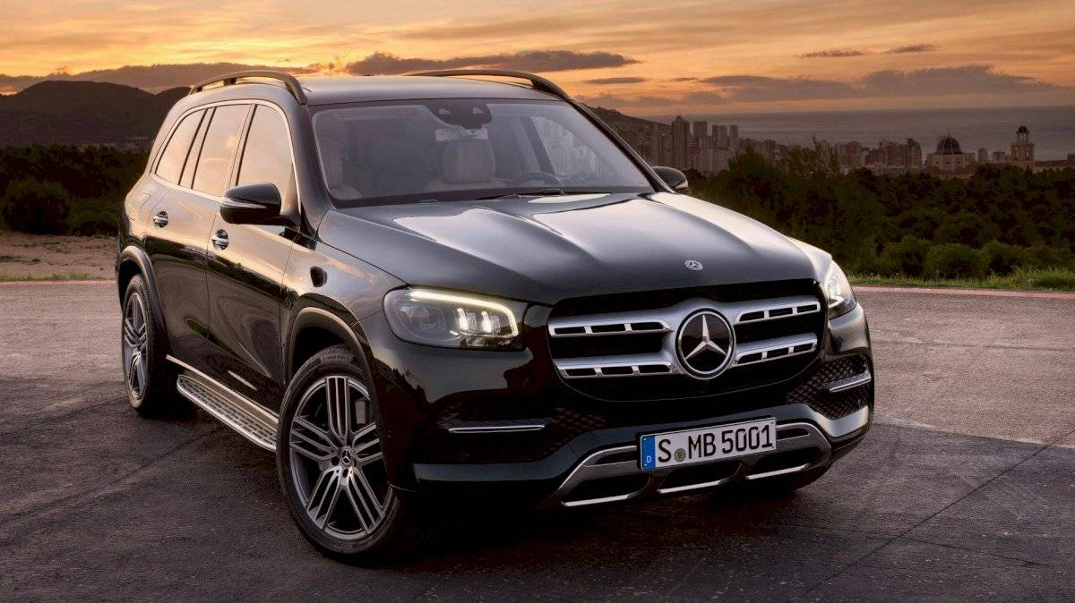 Mercedes-Benz-GLS-2020-3