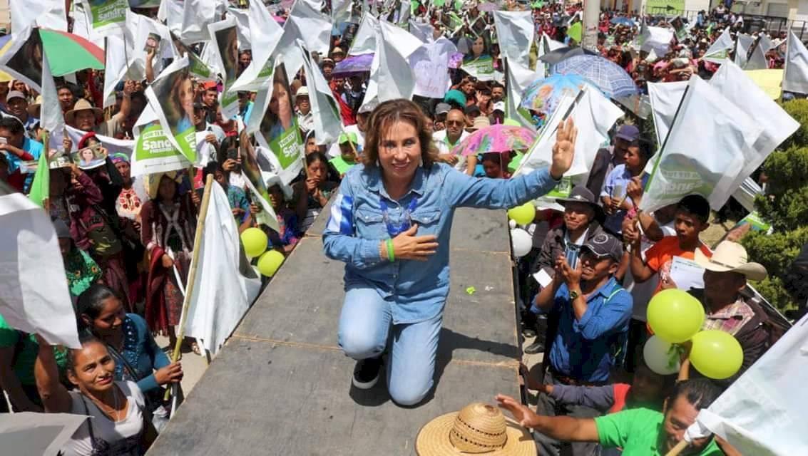 Sandra Torres en campaña en la segunda vuelta UNE