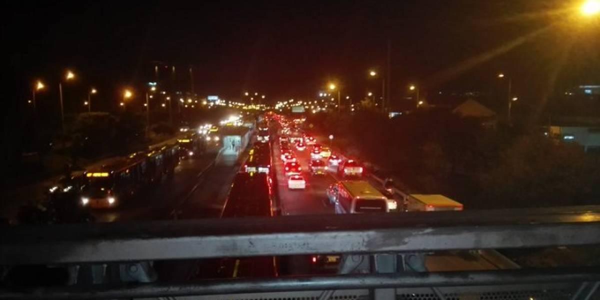 ¡Atención! Caos en la autopista Norte tras bloqueos en Transmilenio