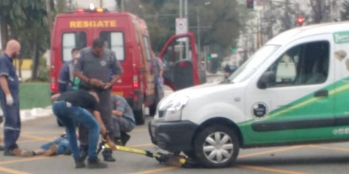 Usuário de patinete é atropelado por carro na avenida Paes de Barros