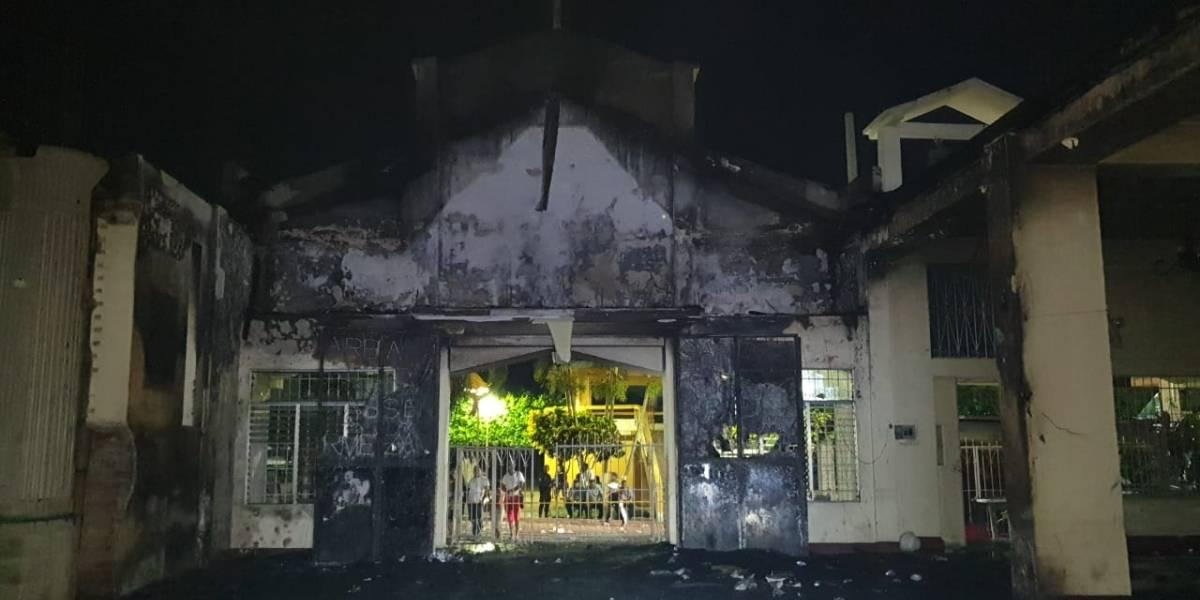 IMÁGENES. Únicamente escombros quedan de iglesia de Santa Bárbara, Suchitepéquez