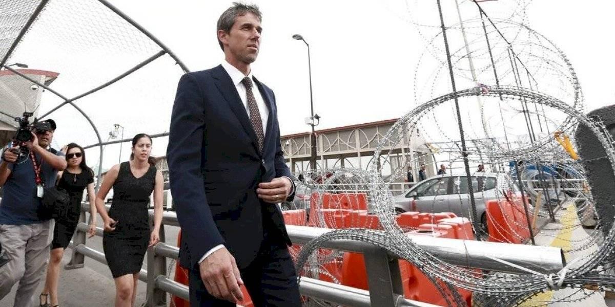 Beto O'Rourke reanuda campaña tras consolar a El Paso por masacre
