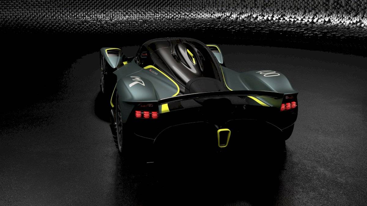 Aston Martin Valkyrie Le Mans 2021-2