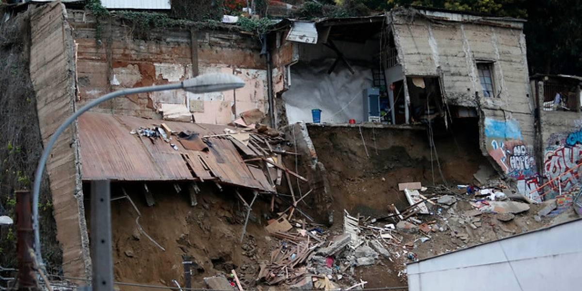 Tragedia en Valparaíso: elevan a seis las víctimas fatales tras derrumbe de vivienda en cerro Bellavista