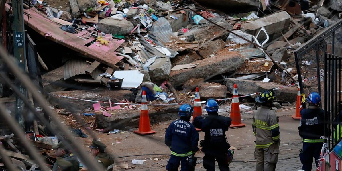 Identifican a dos de las seis víctimas fatales tras derrumbe de vivienda en Valparaíso: descartan encontrar más sobrevivientes