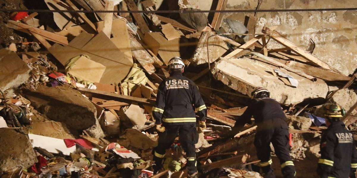 Se iban a cambiar de vivienda este viernes: revelan detalles de la familia que habitaba la casa derrumbada en Valparaíso
