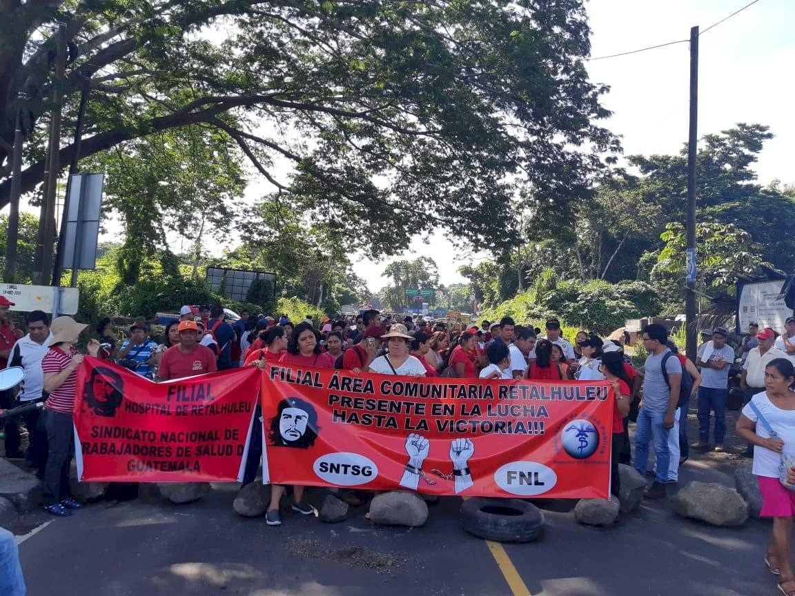 Trabajadores del Ministerio de Salud realizan manifestación. Foto: Emisoras Unidas