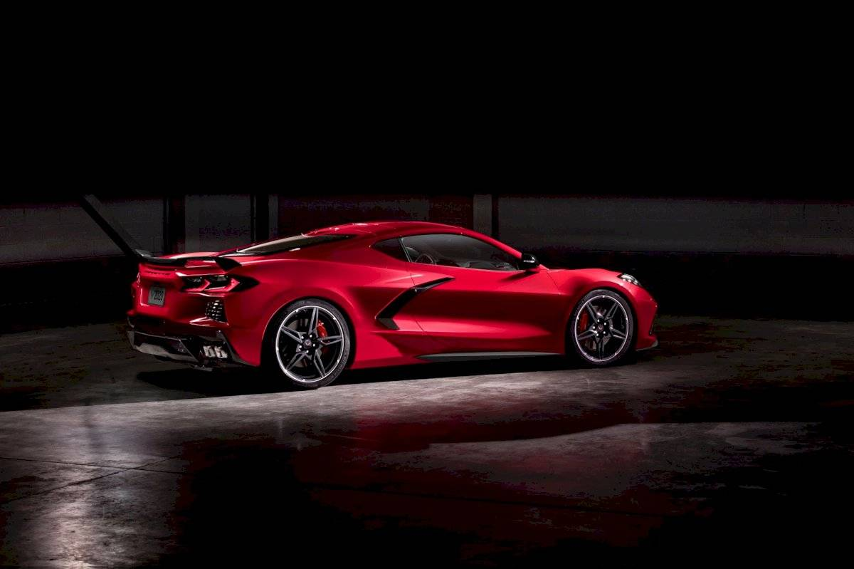 Chevrolet Corvette Stingray 2020-C8-15