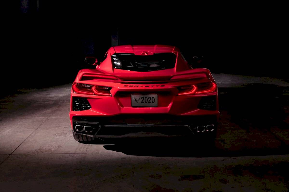 Chevrolet Corvette Stingray 2020-C8-21