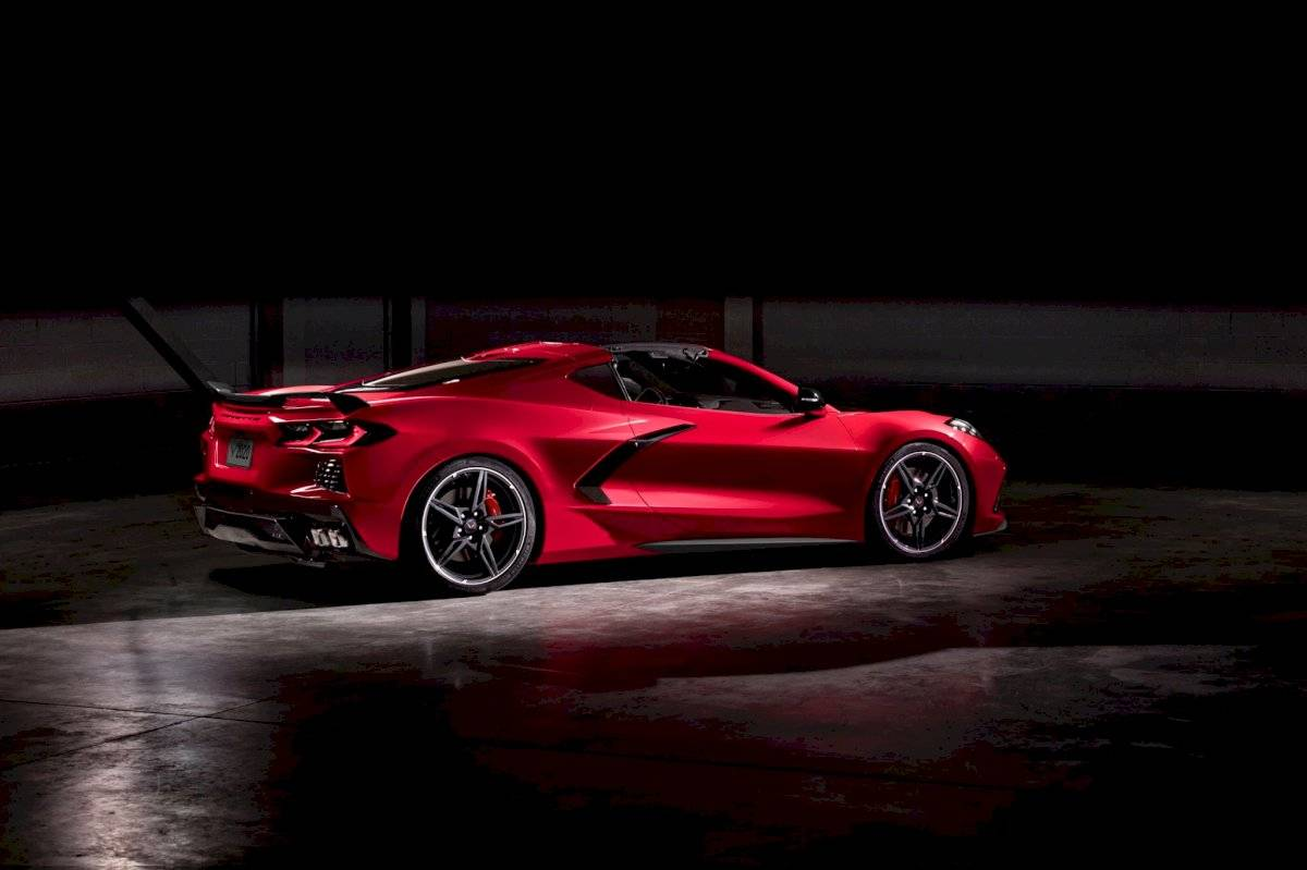 Chevrolet Corvette Stingray 2020-C8-18