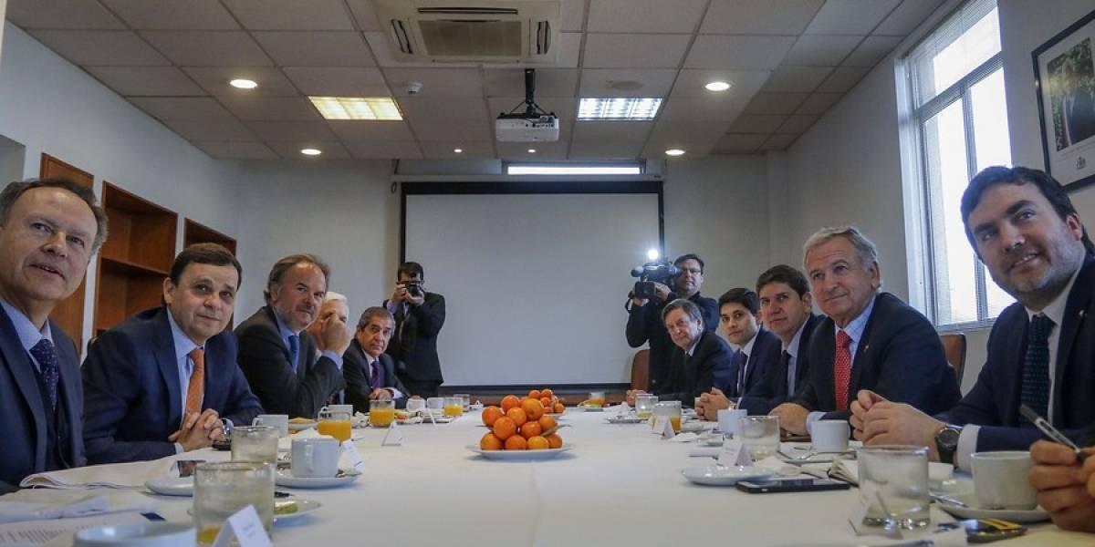"""Jornada laboral: empresarios exigen al Gobierno """"estudios profundos"""" que midan impacto en rebaja de las horas"""