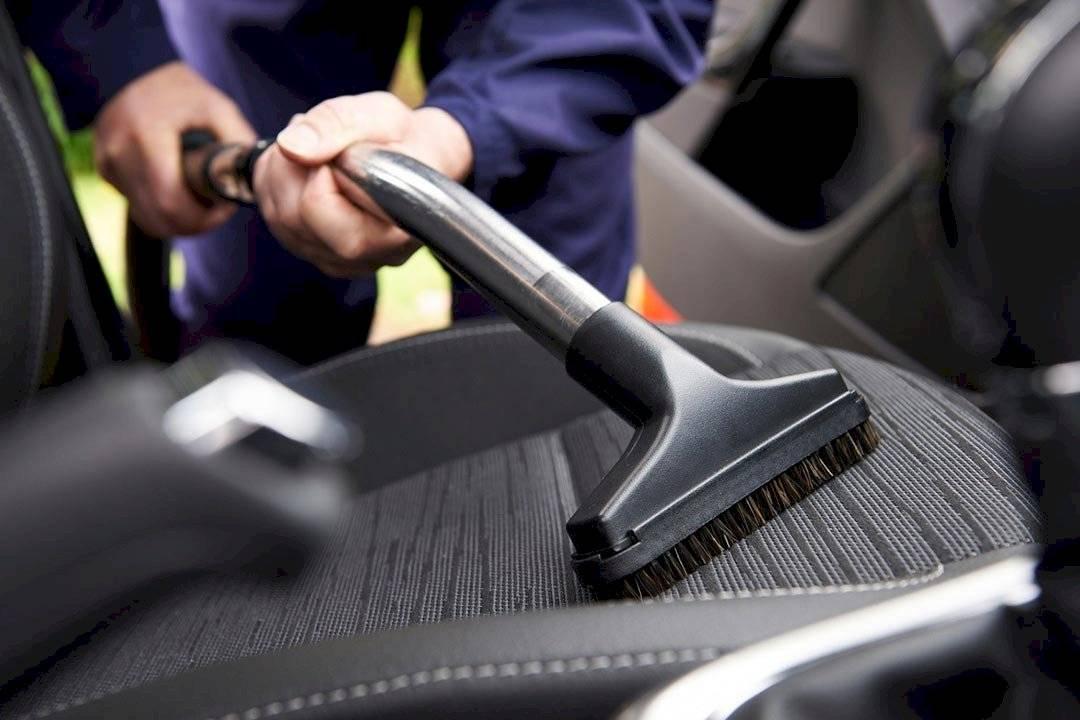 limpiar el auto en la cuarentena