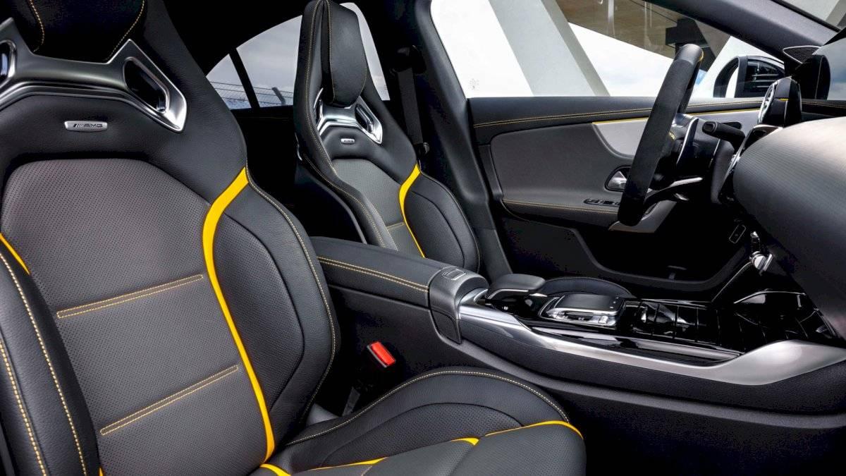 Mercedes-AMG CLA 45 2020-18