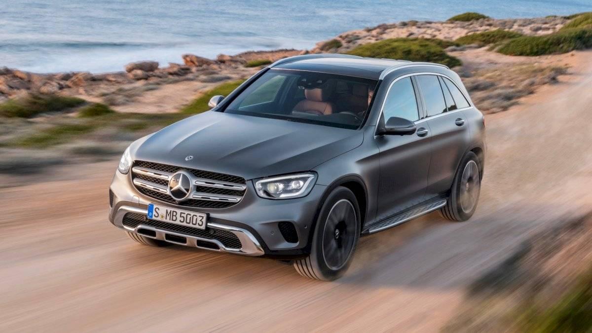 Mercedes-Benz-GLC-Class-2020-2