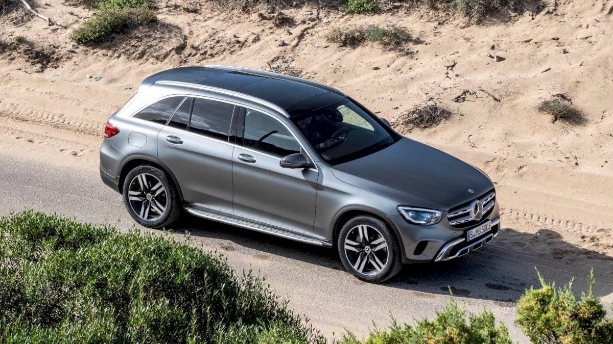 Mercedes-Benz-GLC-Class-2020-14