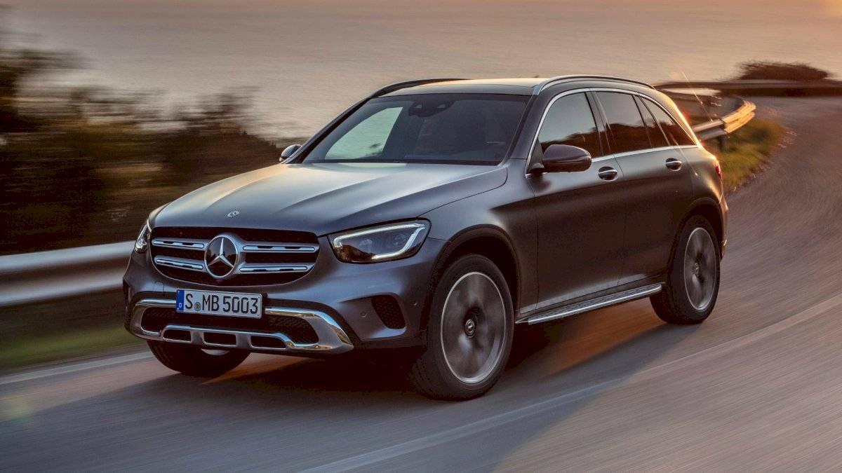 Mercedes-Benz-GLC-Class-2020-6