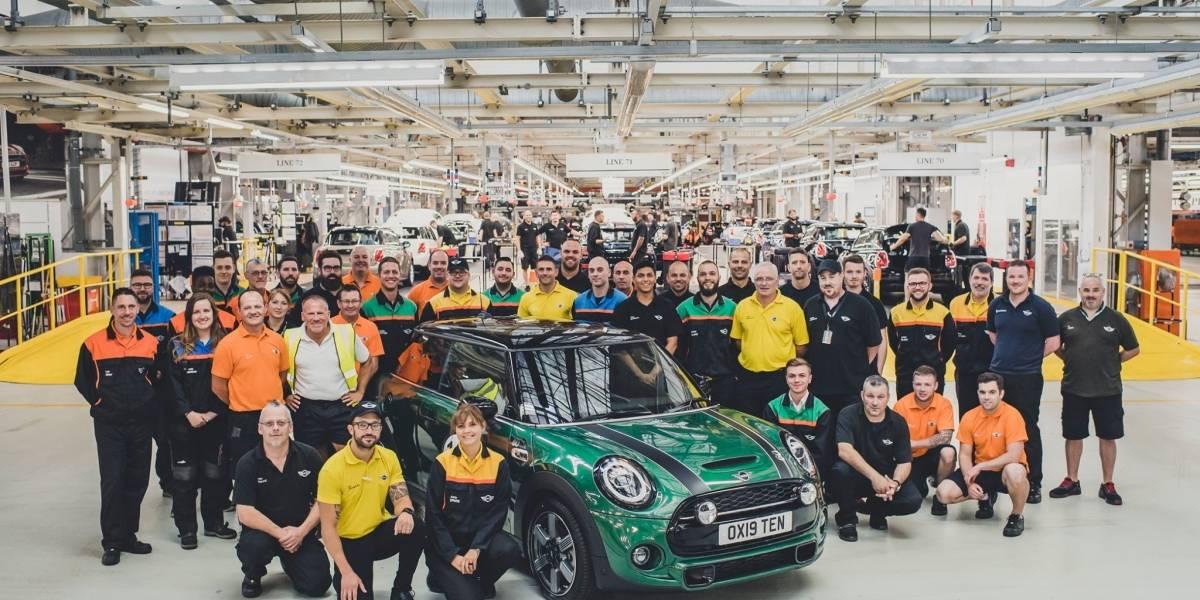 Mini celebra 10 millones de unidades de producción en la planta de Oxford