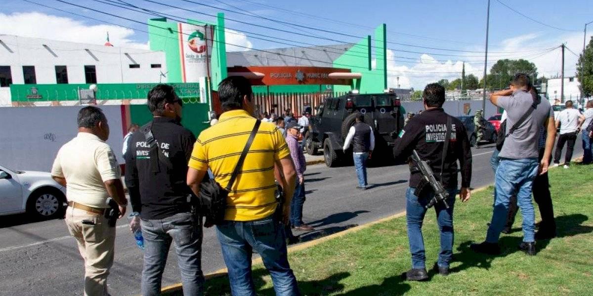 Policías ministeriales y municipales se enfrentan en Coacalco