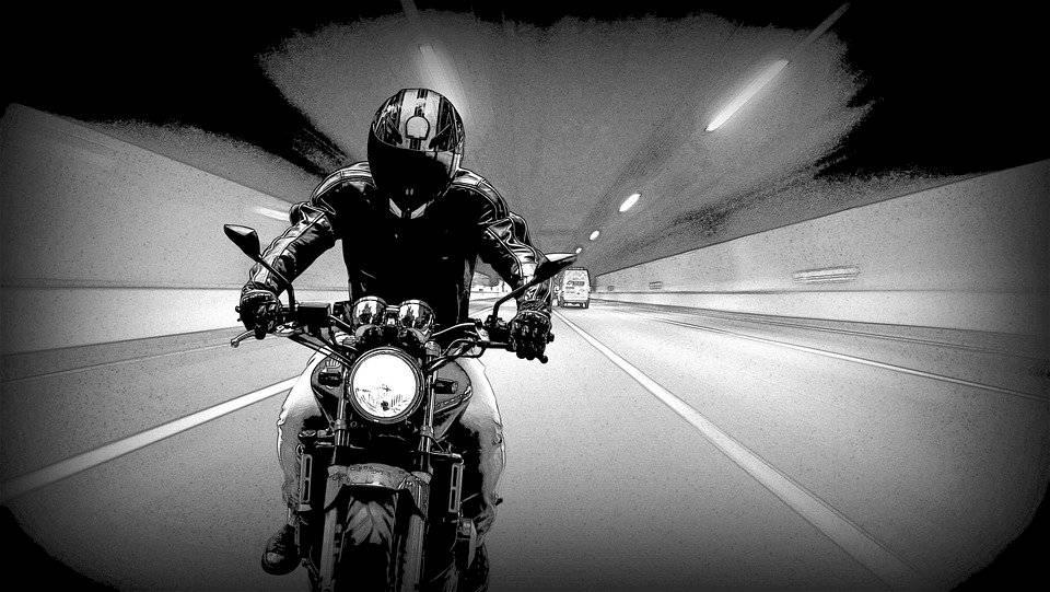 motorbike1847779-770775344f5ce95cdf14f4128f4ecbf5.jpg