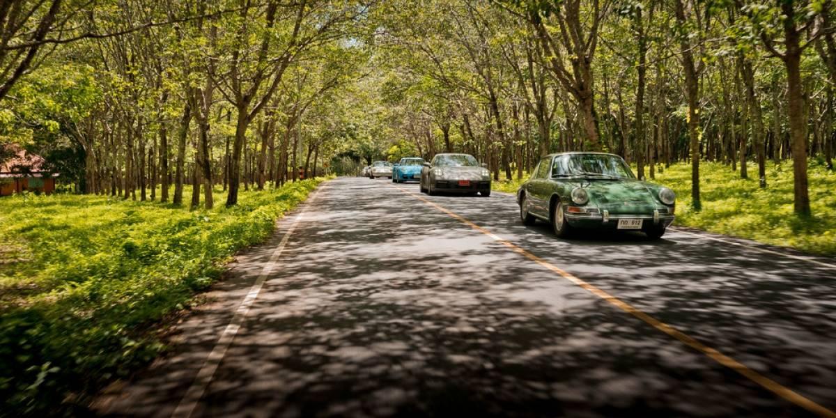 Ocho generaciones de Porsche 911, reunidas en Tailandia