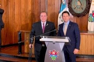 presidente electo Alejandro Giammattei se reúne con alcalde capitalino Ricardo Quiñónez