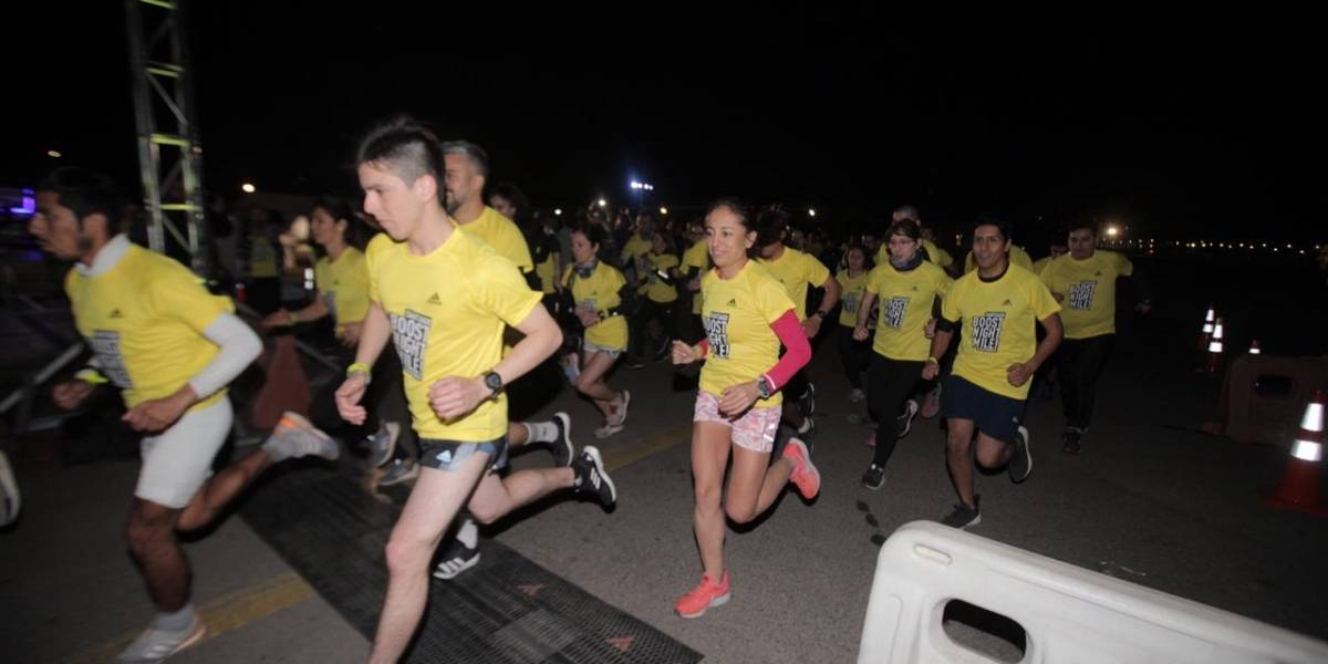 Así fue la disputada Santiago Boost Night Mile 2019 de Adidas