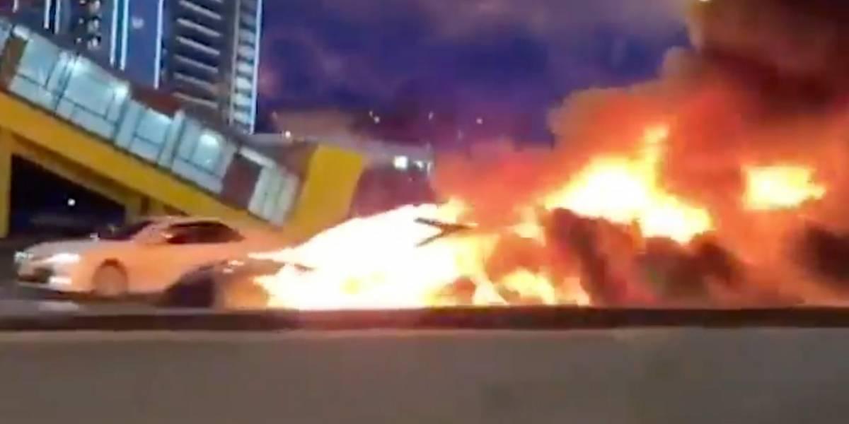 Un Tesla Model 3 choca en Rusia y se incendia