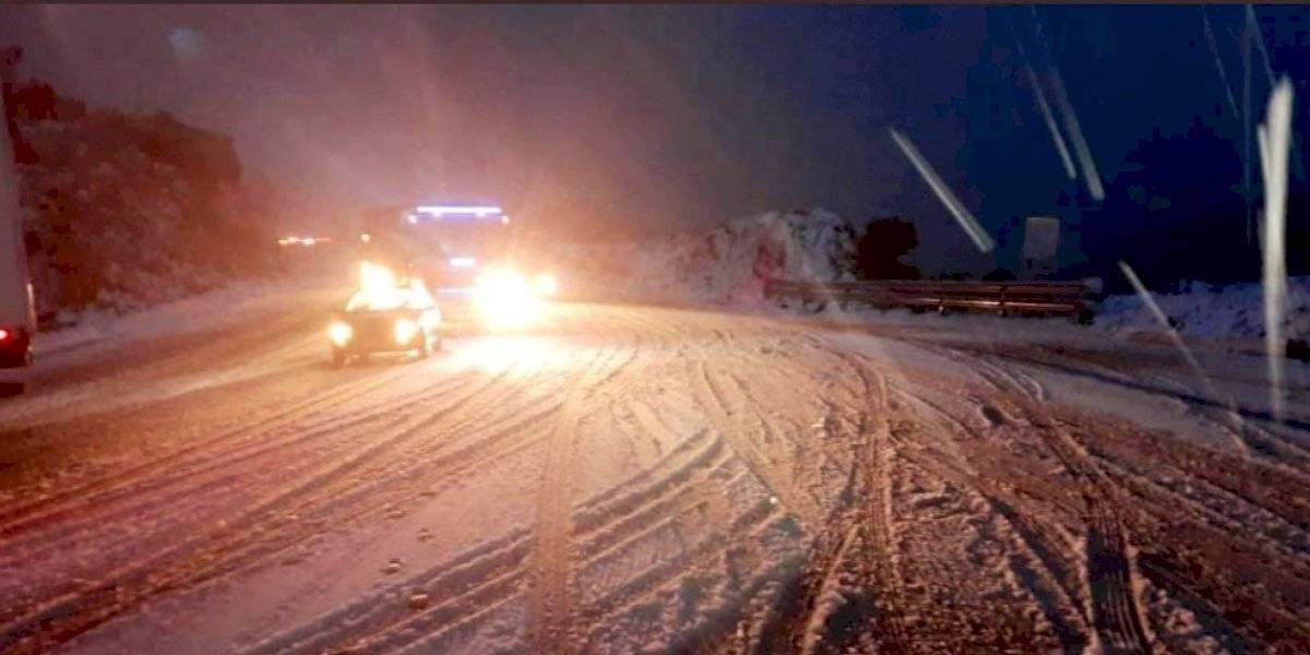Cerrada la vía Quito-Papallacta por caída de nieve