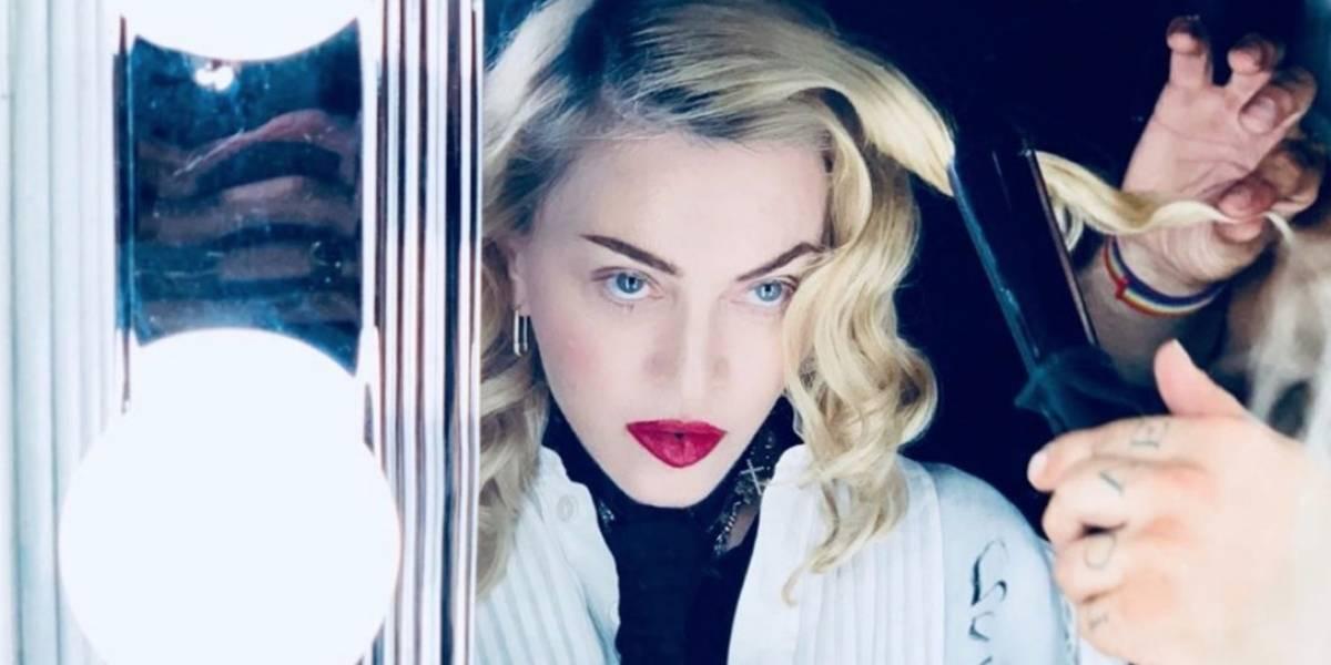 Madonna muestra su flexibilidad en redes, a poco de cumplir 61 años