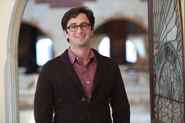 Domenic Vitiello Profesor Asociado de Urbanismo y Estudios Urbanos Universidad de Pennsylvania