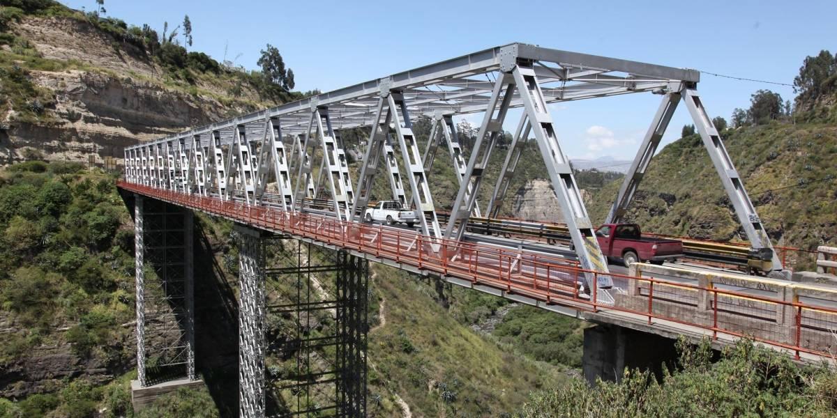 Joven de 22 años murió tras caer del antiguo puente del Chiche