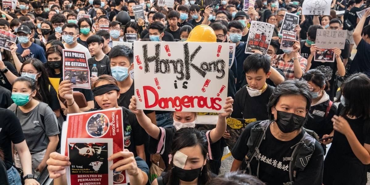 Funcionarios de Hong Kong amenazan con huelga y apoyo a manifestantes