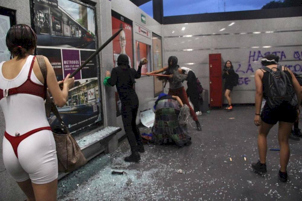 No se puede justificar la violencia de unos cuantos que sólo empañan la defensa de los derechos de las mujeres: CDMX Foto: Cuartoscuro