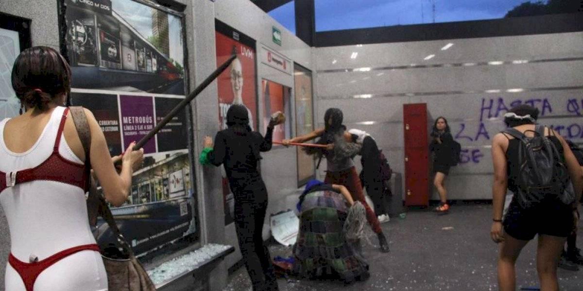 Abren carpeta de investigación por agresión a periodistas y daños a edificios públicos