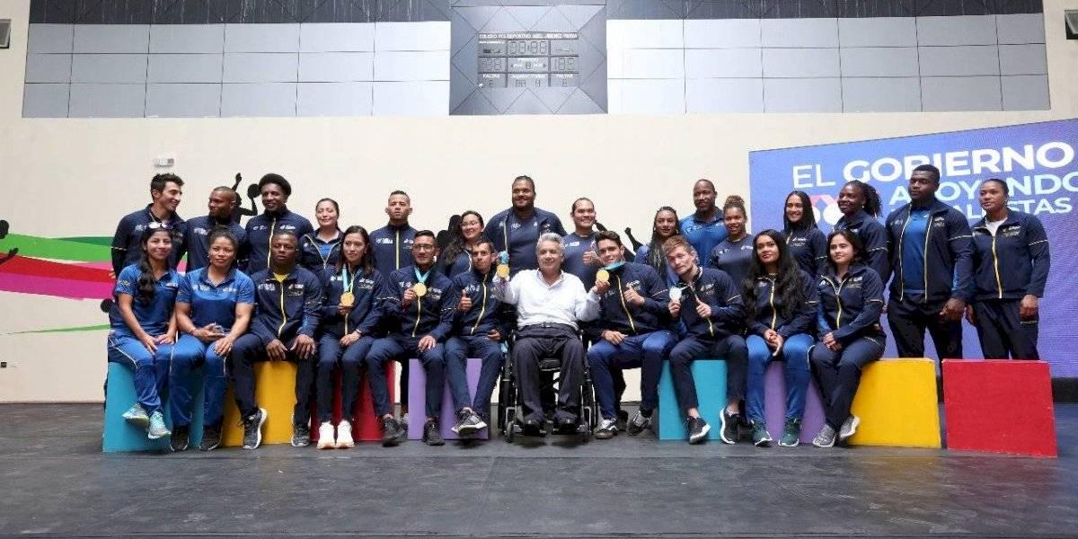 ¿Cuánto dinero recibieron los deportistas ecuatorianos de parte del Gobierno?