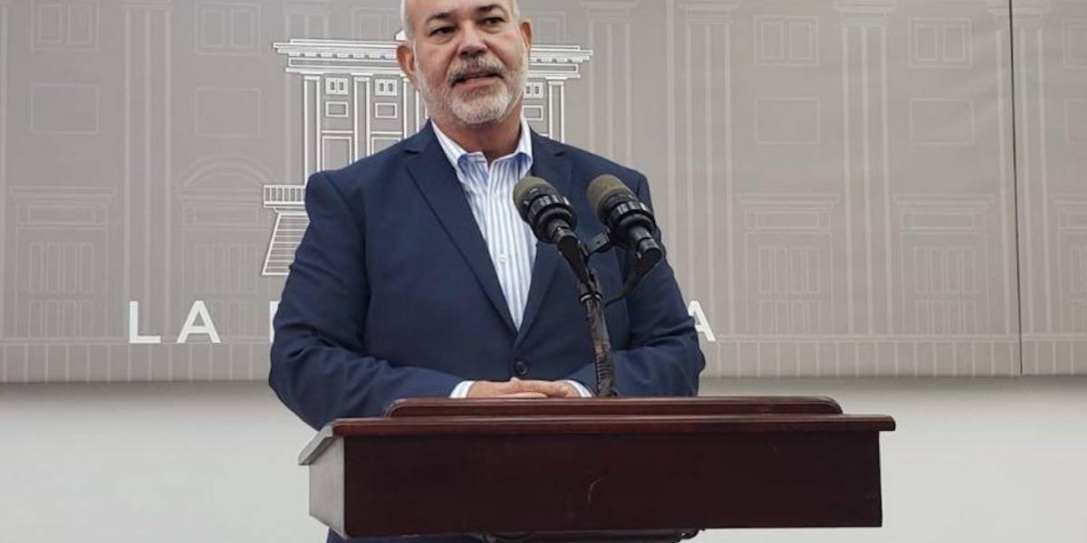Presidentes legislativos reiteran confianza en superintendente del Capitolio