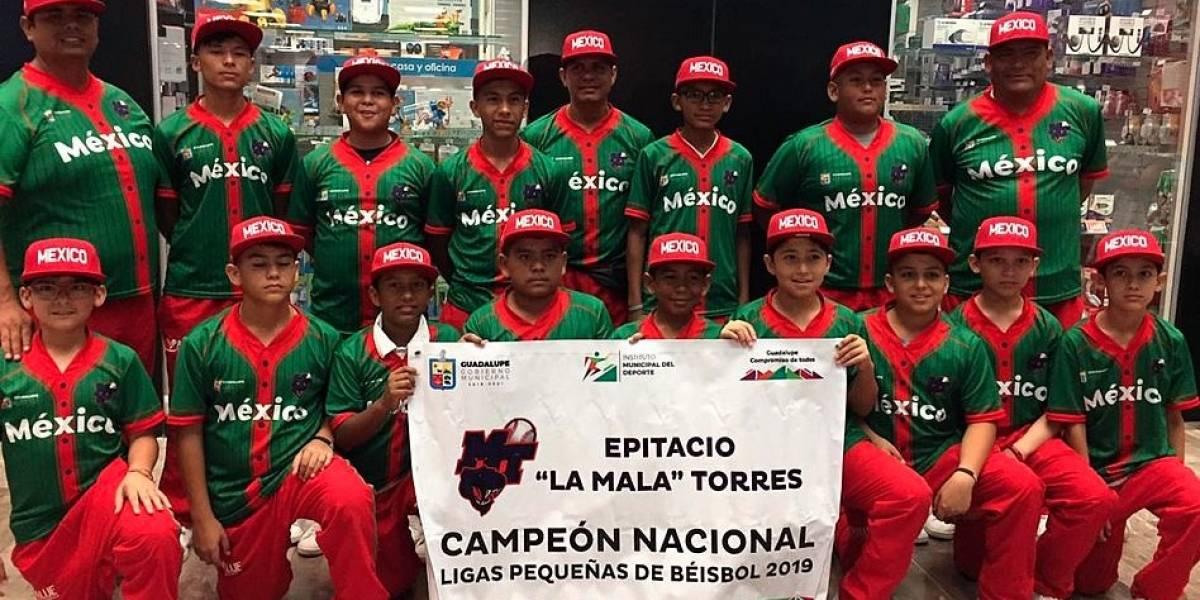 Niños mexicanos que jugarán en Williamsport sueñan con conocer a AMLO