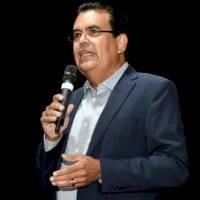 Alcalde PNP no le da seis meses a LUMA en Puerto Rico