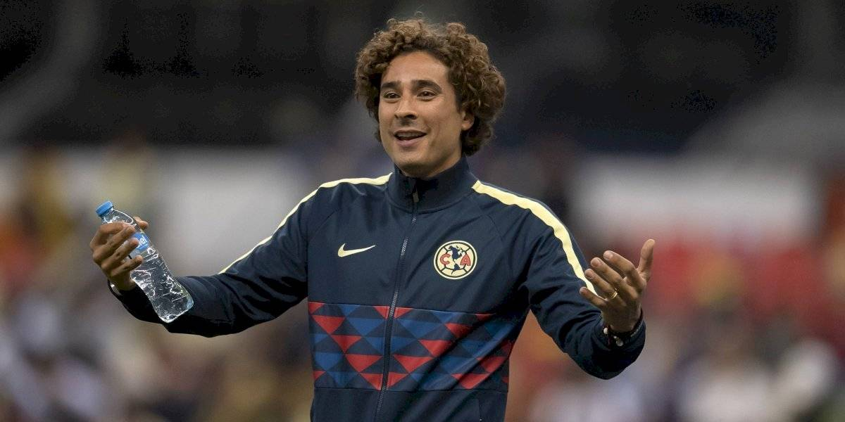 VIDEO: Memo Ochoa es ovacionado en su regreso al Estadio Azteca