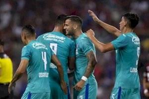 https://www.publimetro.com.mx/mx/deportes/2019/08/16/cruz-azul-derrota-al-atlas-jalisco-reafirma-condicion-favorito.html