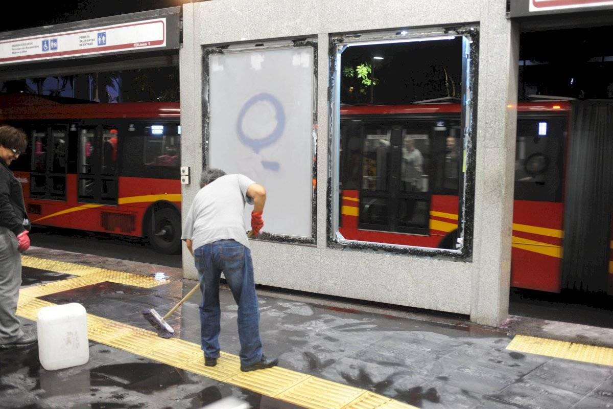 Restauración de la estación Glorieta de Insurgentes del Metrobús Foto: Cuartoscuro
