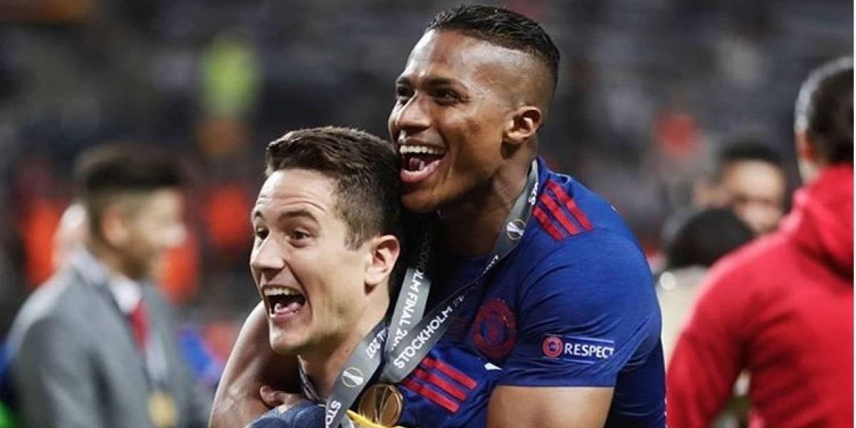 El novedoso regalo que recibió Antonio Valencia del Manchester United